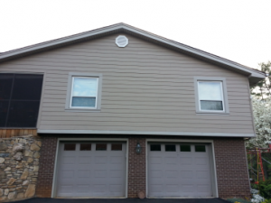 Custom-Home-New-Construction-Vinyl-Siding-Contractor